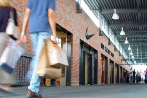 Customer service tips for retail stores.