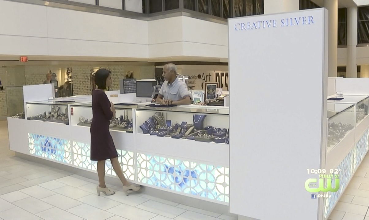 Creative Silver Kiosk on CW TV News DSC_2061_KE
